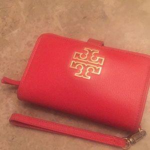Tory burch Britten smartphone wallet